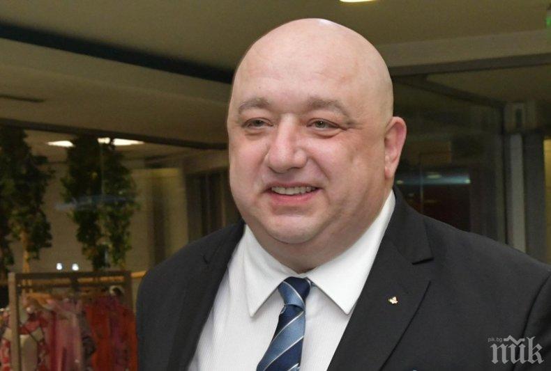 """Министър Кралев съобщи голяма новина за """"армейците"""""""