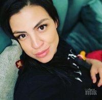 СЛЕД 11 ДНИ В МАЙЧИНСТВО: Деси Цонева се върна на работа