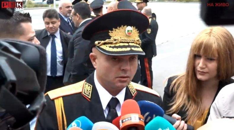 ИЗВЪНРЕДНО В ПИК TV! Главният секретар на МВР: Въоръжен е опитал да обере банка в София, издирваме го (ОБНОВЕНА)
