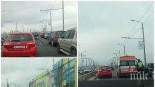 ОТ ПОСЛЕДНИТЕ МИНУТИ: Тежка катастрофа на Аспаруховия мост във Варна, четирима са ранени (СНИМКИ)