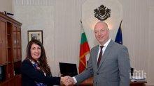 Росен Желязков се срещна с посланика на САЩ у нас Херо Мустафа