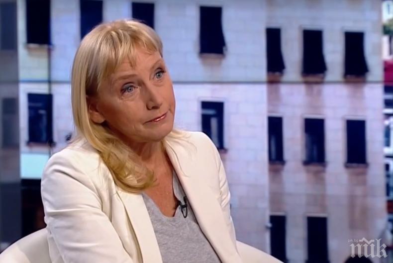 Елена Йончева го закъса - изхвърлят ли я социалистите? Червените я викат на отчет след атаката на Корнелия Нинова