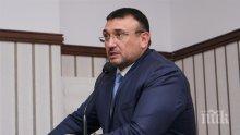 Младен Маринов: Продължава да се издирва извършителят на обира на газстанция в София