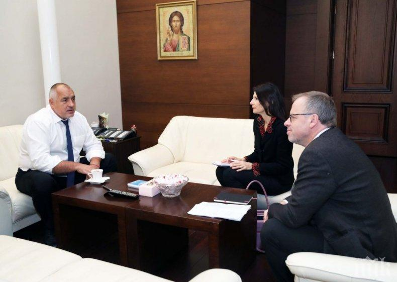 """Обидно е, че Борисов се заиграва с българофобите от """"Репортери без граници"""""""