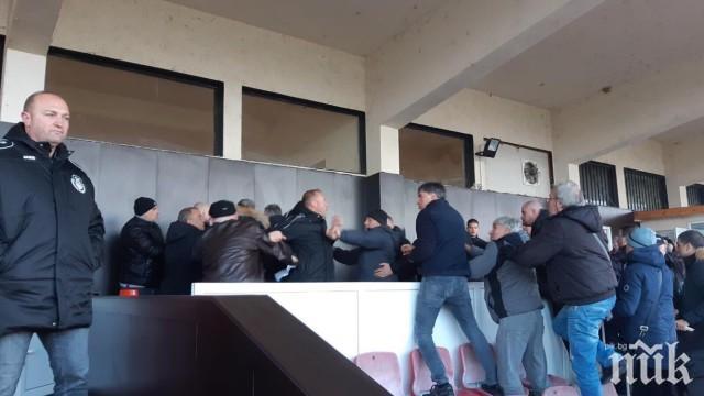 ИЗВЪНРЕДНО: Изпълнителният директор на Локо София и синът му арестувани след мелето с Хебър