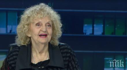 Татяна Лолова със сърцераздирателни думи за Стоянка Мутафова: За мен тя ще е жива, докато дишам