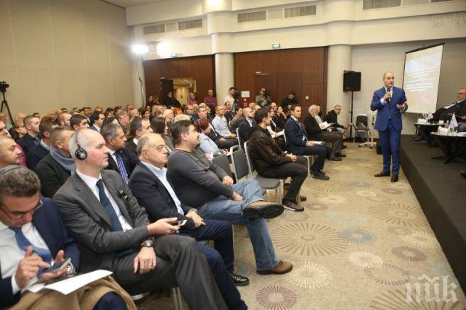 САМО В ПИК: Цветанов повежда ДеБъ, нокаутира Христо Иванов с помощта на ген. Атанасов. Ще мъстят на Борисов