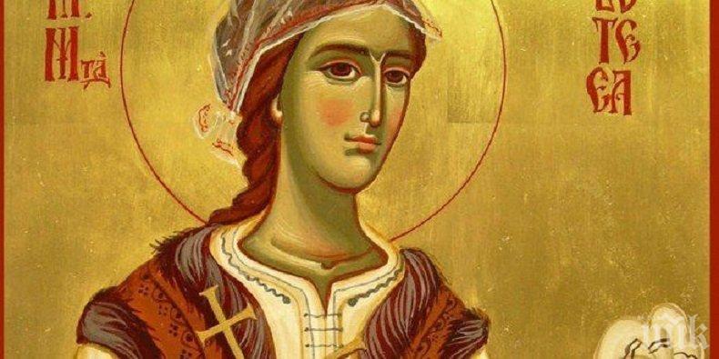 ВСЕНАРОДНА ПОЧИТ: Честваме обичана светица, неразривно свързана с историята на България