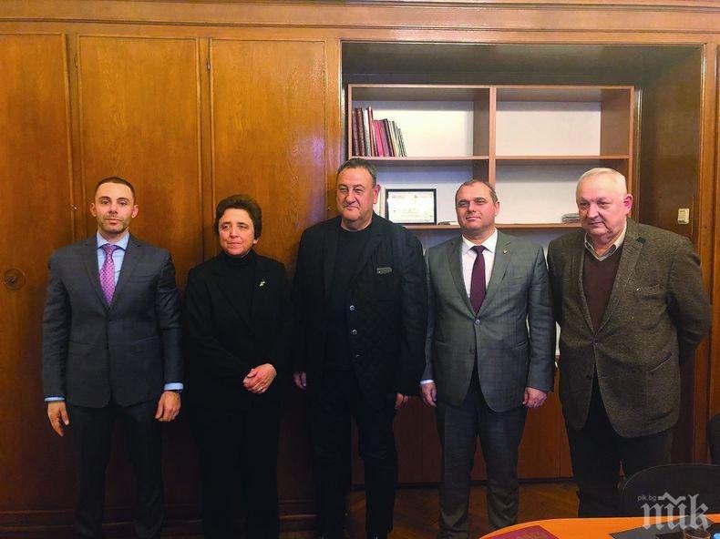 Камарата на строителите и регионалната комисия към парламента със законови промени