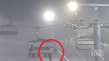 НА КОСЪМ: Дете увисна от лифта на Боровец, баща му го хвана за якето (ВИДЕО/СНИМКИ)