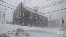 Армията се включи в борбата със снежните бури в Канада