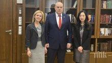 Главният прокурор Иван Гешев прие юридическия съветник към посолството на САЩ (СНИМКИ)