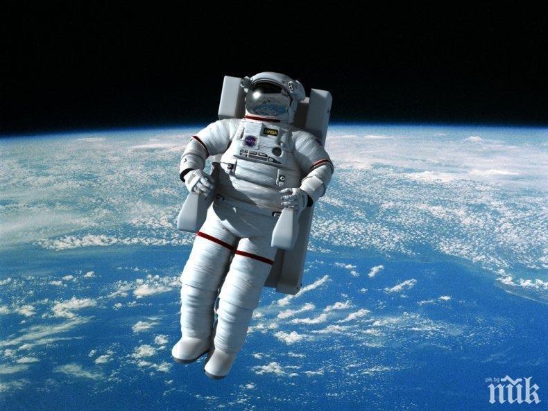 Авария изведе астронавти в открития космос