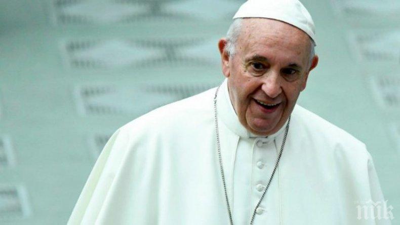 Папата призова иракския президент да не посяга на християните