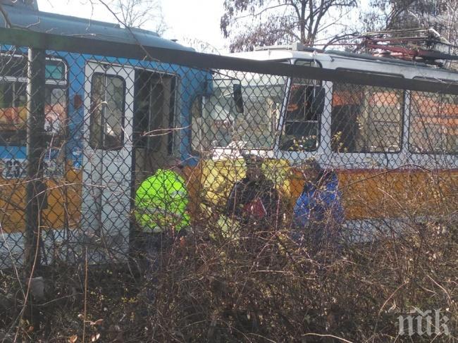 Пострадалата ватманка от мелето с трамваите е в стабилно състояние