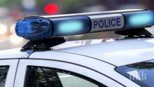 ОТ ПОСЛЕДНИТЕ МИНУТИ: Жестока катастрофа в Кресненското дефиле! Бус и кола се помляха, ранени лежат на асфалта