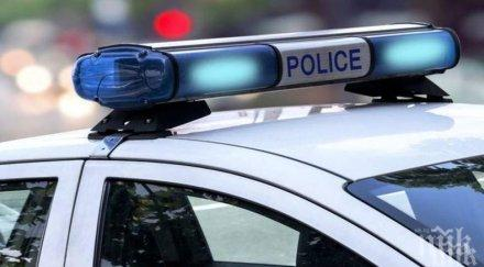 ограбиха нож таксиджия петолъчката сливен