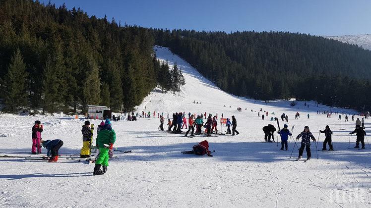 """В неделя можете да направите последно ски спускане за сезона на """"Мальовица"""""""