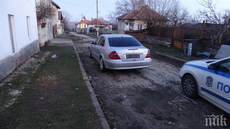 Специализирана полицейска операция закопча бандити в Долни Дъбник (СНИМКИ)