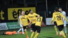След много мъка - талант класира Ботев Пловдив на полуфинал за Купата
