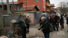 """НАПРЕЖЕНИЕ: Циганите в """"Столипиново"""" скочиха за социалните помощи"""