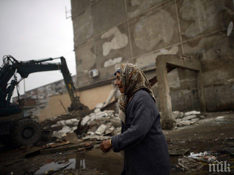 ПРЕВЕНЦИЯ: Изриват боклуците в Столипиново и Шекера