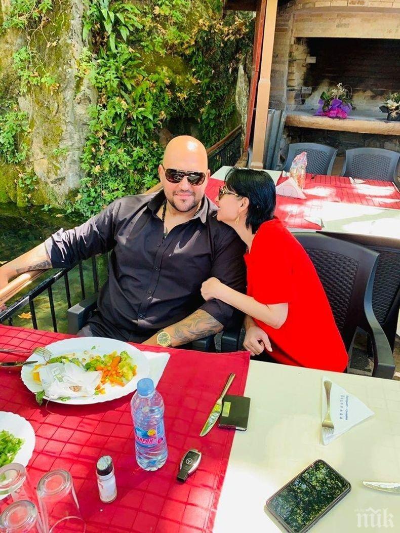 КУРИОЗ: Софи Маринова празнува годишнина от брака, напук на развода