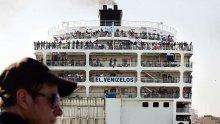 Поставиха гръцки круизен кораб под карантина - 20 души са с коронавирус