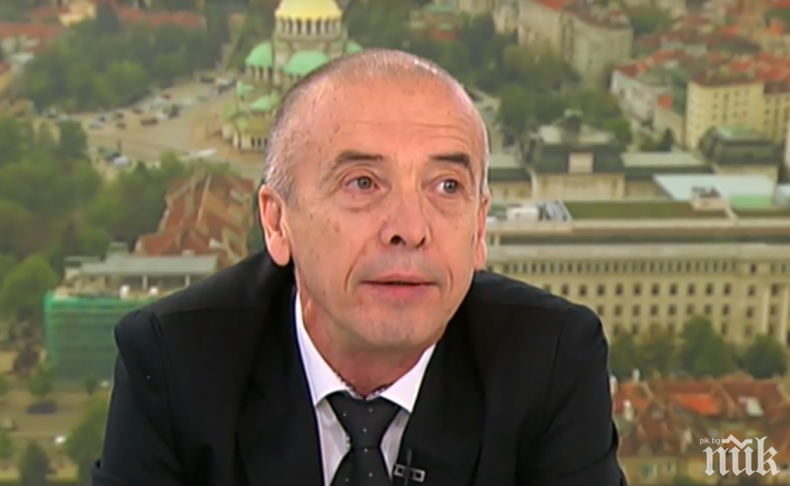 Георги Харизанов: Всички правителства и здравни организации писаха двойка на Мангъров