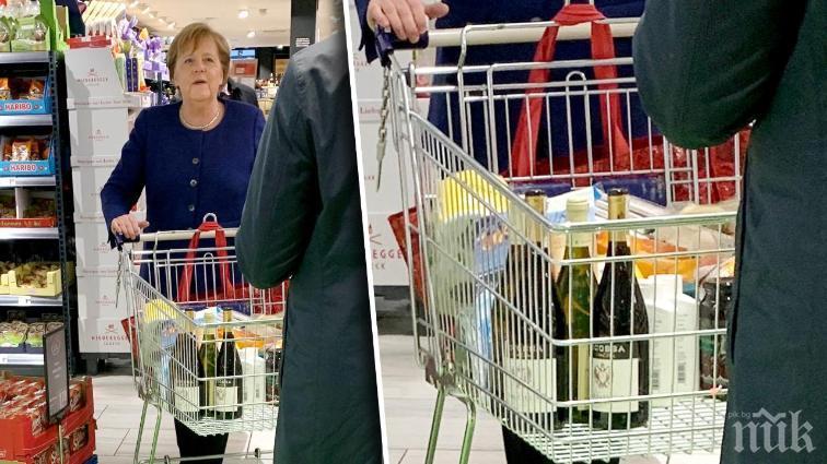 Меркел се върна на работа след карантината