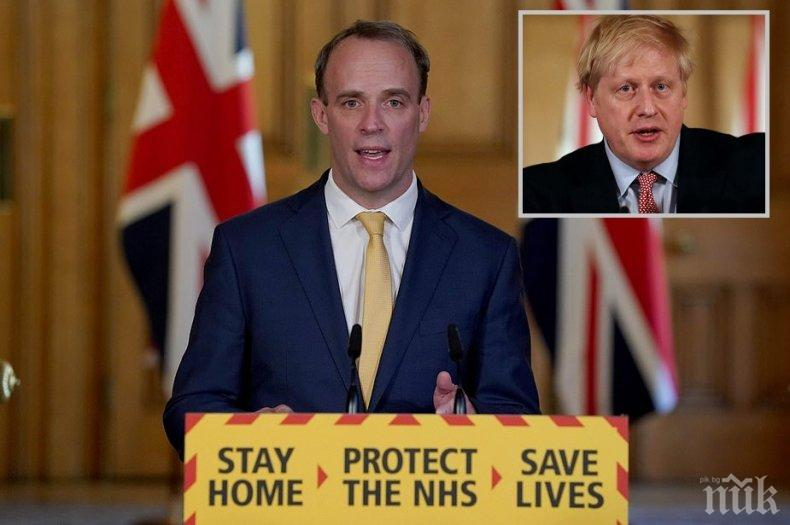 Министърът, заместващ Борис Джонсън: Той ще се измъкне, защото е боец!