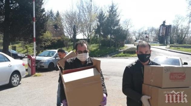 НФСБ дари маски и шлемове за медици на първата линия