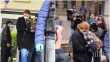 САМО В ПИК TV: Вижте майката на дрогирания Кристиан в 3-то районно - Десислава Николова мълчи пред медиите с маска, откараха я в СДВР (ВИДЕО/СНИМКИ)