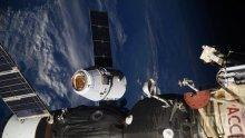 """""""Спейс Екс"""" изстреля седмо съзвездие от спътници"""