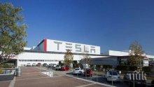 """От """"Тесла"""" удължават поне със седмица принудителното пускане в отпуск на своите служители"""