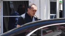 """Божков пак се подигра на """"Левски"""" и призна, че Борисов не е собственик: Премиерът се страхува.  Правя анкета кой да вземе акциите"""