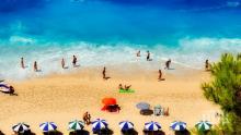 Испания ще следи с дронове по плажовете дали се спазва социалната дистанция