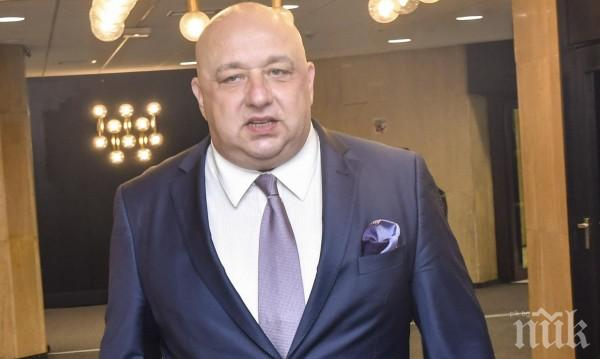 Министър Кралев утвърди указания и Концепция за възобновяване на професионалния футбол