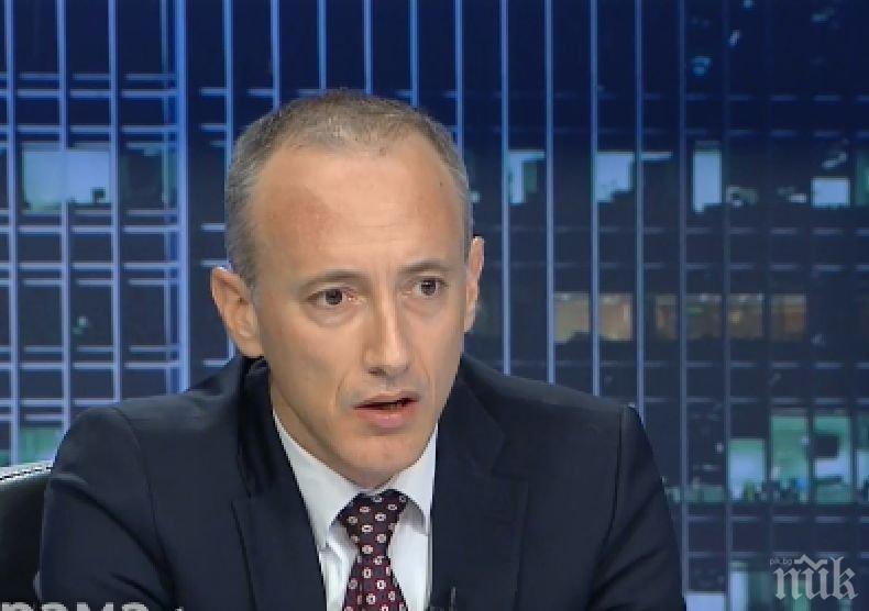 Образователният министър зове родителите да оставят децата си вкъщи, ако имат възможност