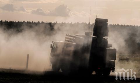 Вучич доволен: Руските зенитни ракети и хеликоптери ще укрепят сръбската армия