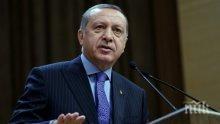 Джамиите в Турция отварят отново врати след 2,5 месеца пауза