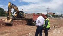 ИЗВЪНРЕДНО В ПИК: Премиерът Борисов показа как се строи един от най-натоварените пътища в страната (СНИМКИ)