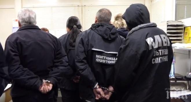 СПЕЦАКЦИЯ НА КАЛОТИНА: Двама граничари са арестувани