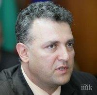 Отстраненият шеф на БЕХ Валентин Николов: Овладяват енергийния холдинг