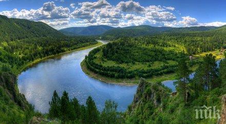 Чистят река в Сибир след теч на 20 000 тона дизел
