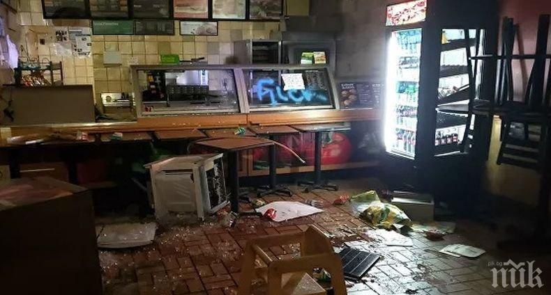 Протестите в САЩ: Мародери разбиват витрини и грабят магазини в Манхатън
