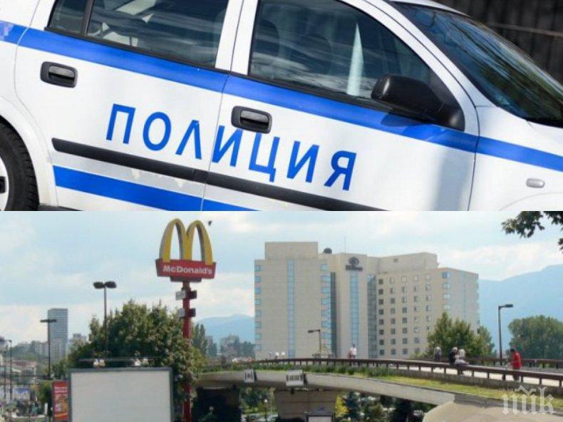 ИЗВЪНРЕДНО В ПИК! Екшън в София, полицията на крак - жена иска да скочи от Моста на влюбените