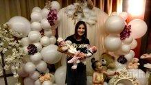 Орисаха най-малката внучка на Илиана Раева (СНИМКИ)