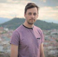 бойко кръстанов представя първия моноспектакъл режисурата звезда откраднат живот