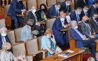 След екшъна в парламента: 24 депутата изгърмяха с по 300 лв.